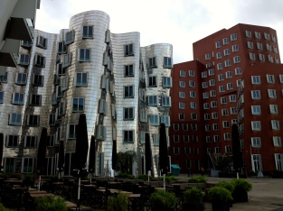 Frank Gehry buildings in Düsseldorf