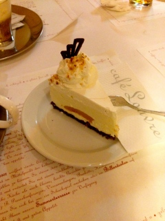 delicious cheesecake at Café Louvre